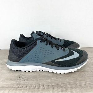 Nike • Women's FS Lite Run 2